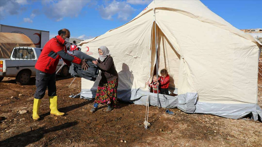 Türkiye Kızılay'ından İdlib'deki selzedelere yardım