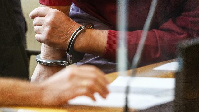 Tapu Müdürlüğü'nde rüşvet operasyonu: 37 gözaltı
