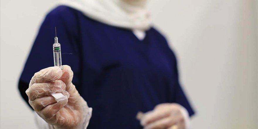 Mısır'da korona aşısı uygulanmaya başlandı