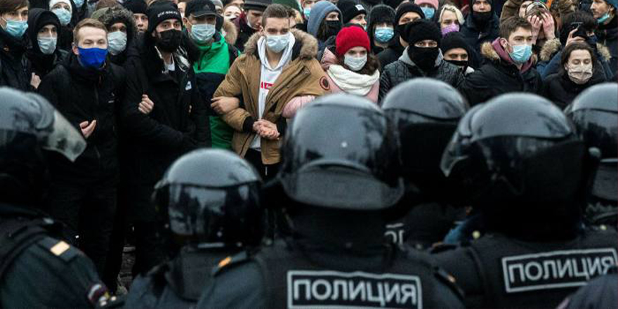 Avrupa medyasında Navalny protestolarının gücü tartışılıyor