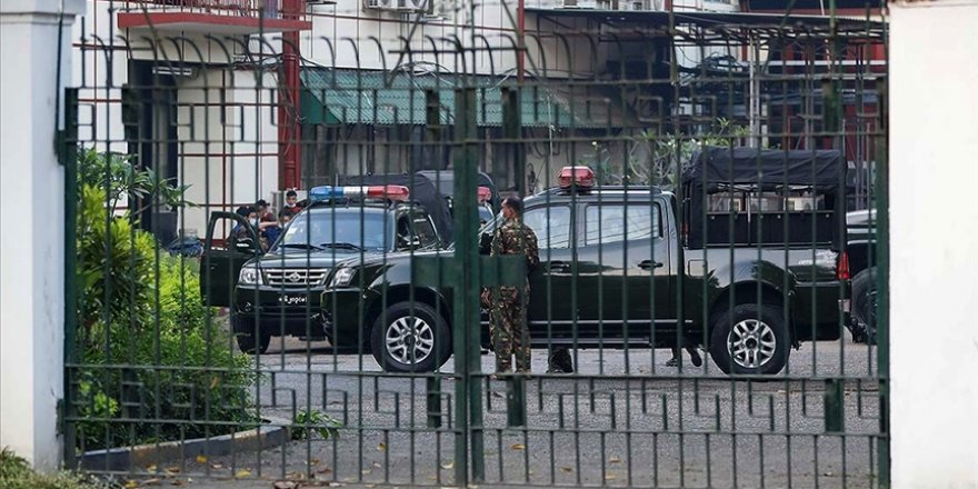 Myanmar'da darbe: Myanmar lideri Suu Çii ve Devlet Başkanı gözaltında