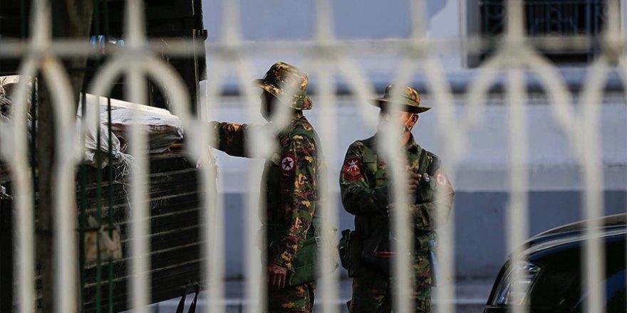 Türkiye ve dünyadan Myanmar'daki darbeye tepkiler