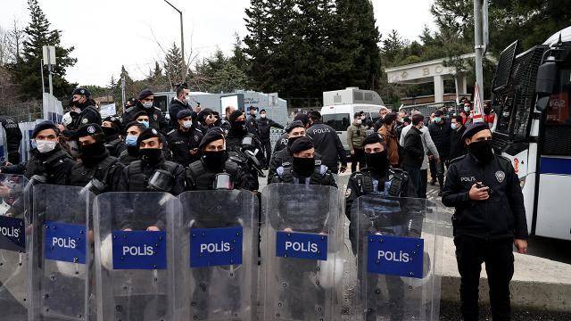 Boğaziçi Üniversitesi'ndeki gösterilerde 159 gözaltı
