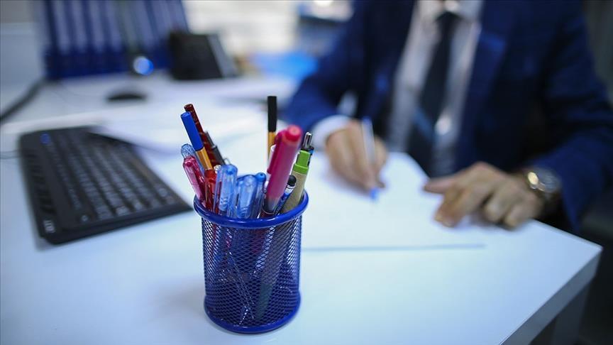 Sözleşmeli kamu personeli yıllık izinlerini devredebilecek