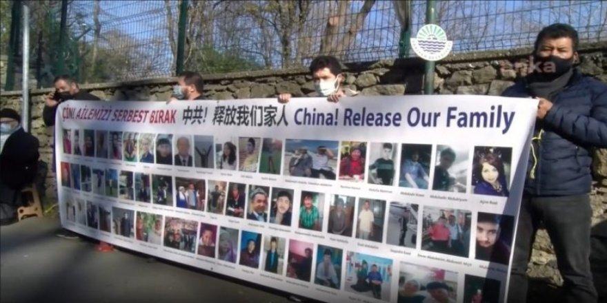 HRW: Uygurlara karşı insanlık suçu işleniyor