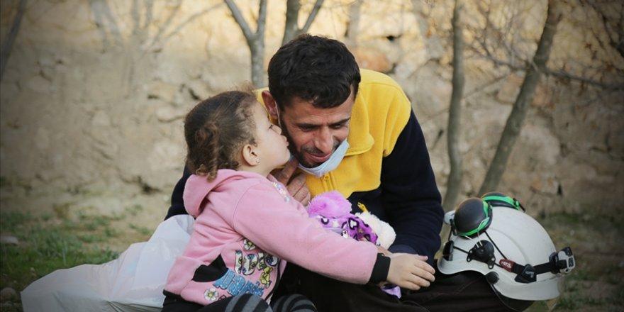 Beyaz Baretliler Suriyelilerin 'cankurtaran'ı olmaya devam ediyor