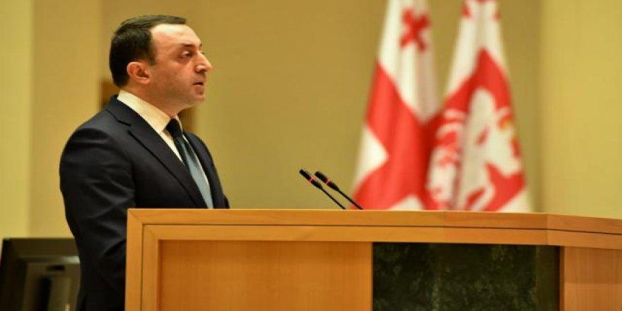 Gürcistan'da Garibaşvili'nin kabinesi güvenoyu aldı