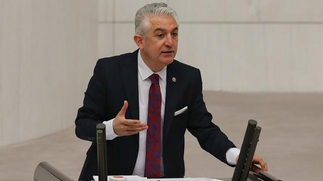 CHP'li Teoman Sancar parti üyeliğinden istifa etti