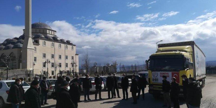 Kastamonu İHH'dan İdlib'e yardım tırı