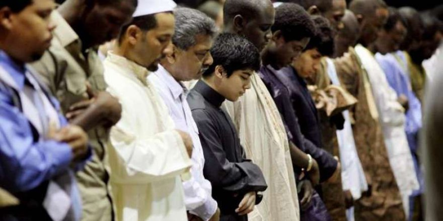 İslam ırkçılığı nasıl mağlup etti?