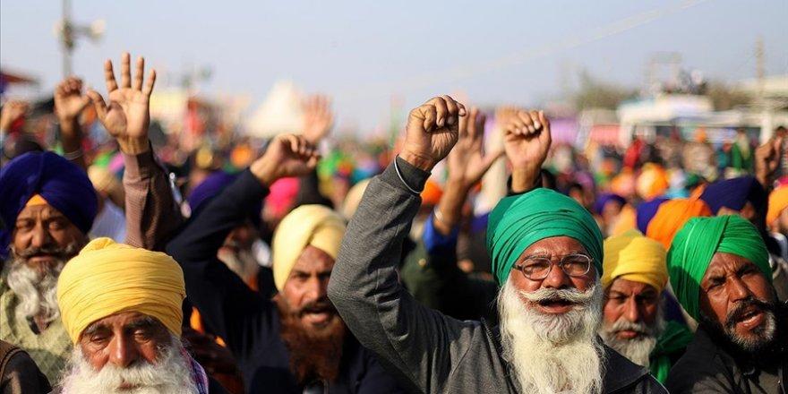 Hindistan'da çiftçilerin protestoları 100. gününde