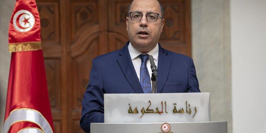 Tunus Başbakanı Meşişi istifasının söz konusu olmadığını açıkladı