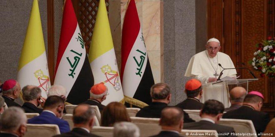 Papa'nın Ortadoğu'ya verebileceği bir şey yok ama öğrenebileceği çok şey var