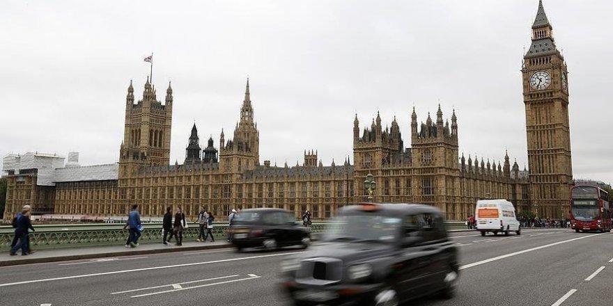 İngiltere, Esed rejiminden 6 kişiyi yaptırım listesine aldı