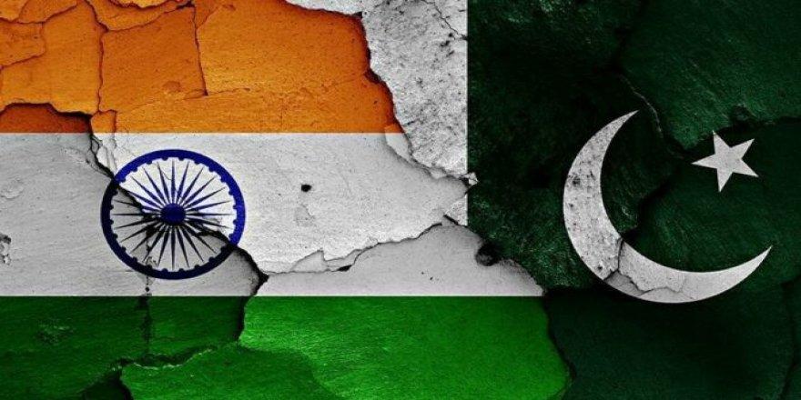 Pakistan'dan Hindistan ile ticaretin başlaması için Cammu Keşmir şartı