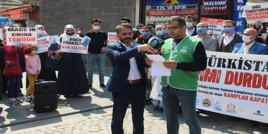 Diyarbakır'da Doğu Türkistan için İslam ülkelerine çağrı