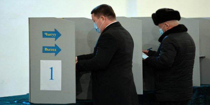 Kırgızistan Anayasa değişikliği için referanduma gidiyor