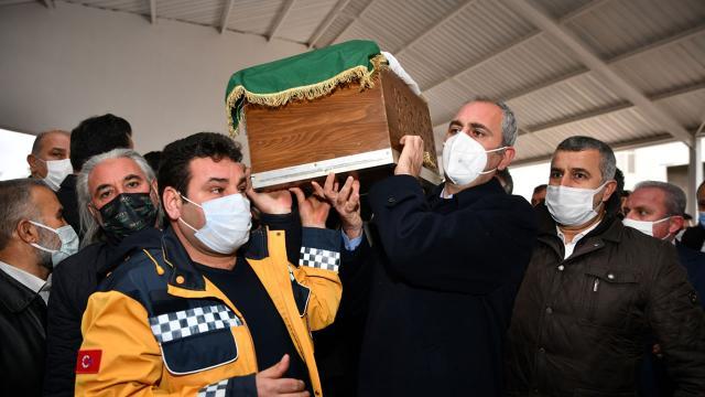Adalet Bakanı Abdulhamit Gül'ün acı günü