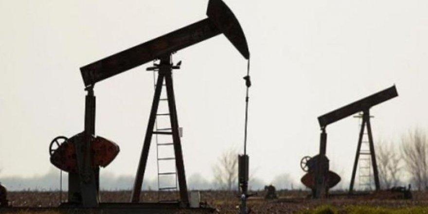 İran, Suriye'ye gönderdiği 3 milyon varili aşan petrolle rejime desteğini sürdürüyor