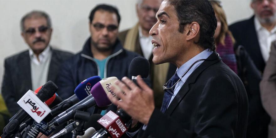 Mısır yönetimi, gazeteci Halid Davud'u serbest bıraktı