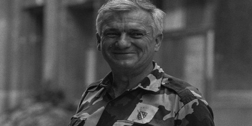 Sırp katillere karşı Boşnakların yanında mücadele eden Sırp general: Jovan Divjak