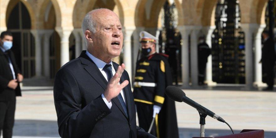 Nahda, Cumhurbaşkanı Said'i 'anayasayı çiğnemekle' suçladı
