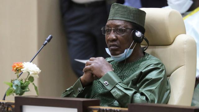Çad Cumhurbaşkanı Debi hayatını kaybetti