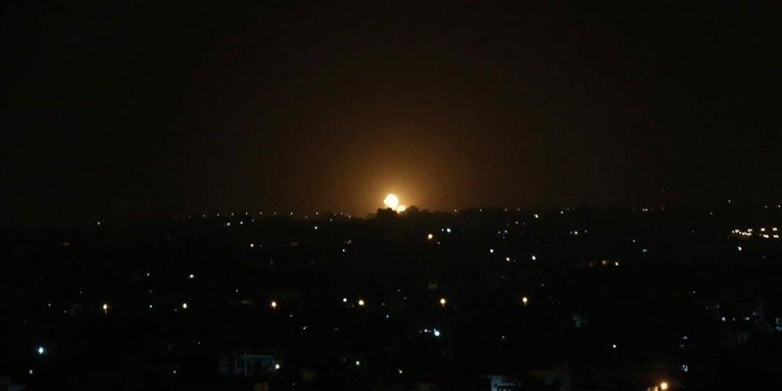 Siyonist İsrail Gazze'de Hamas'a ait noktaları vurdu