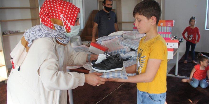Avustralyalı Müslümanlardan Suriyeli yetim çocuklara bayram hediyesi