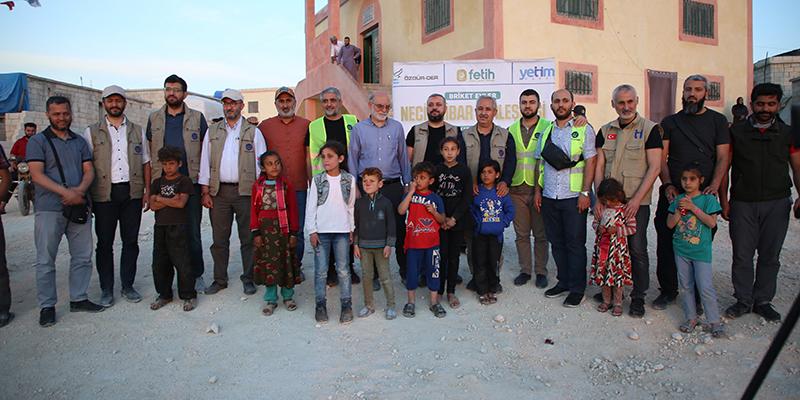İdlib'de Necip Kibar Kampının açılışı gerçekleşti