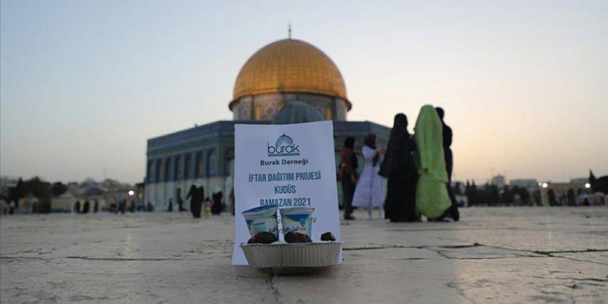 Burak Derneği Kudüs'te Ramazan yardımlarına devam ediyor