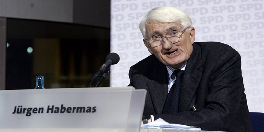 BAE'nin ödülünü reddeden Habermas 'kral çıplak' demiştir