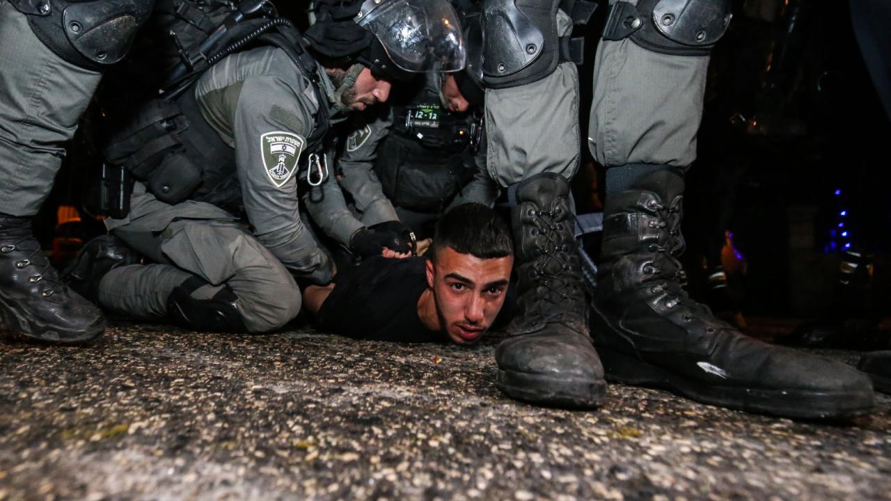 Siyonist İsrail güçlerinden Filistinlilere saldırı