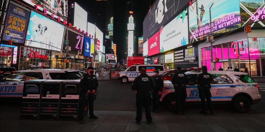 New York'taki silahlı saldırıda 4 yaşındaki çocukla bir kadın yaralandı