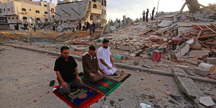 Gazze Şeridi bayrama Siyonist saldırıların gölgesinde girdi