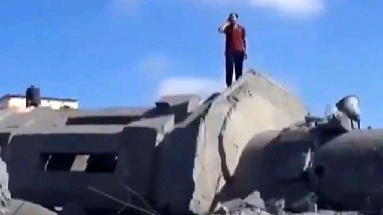 Siyonist İsrail'in saldırıları ezanı dindiremedi