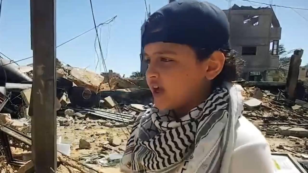 Filistinli çocuk Gazze'den dünyaya rap ile haykırdı