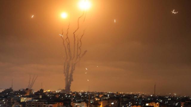 İsrail Gazze'deki işletmeleri ve tarım alanlarını kasıtlı bombaladı!