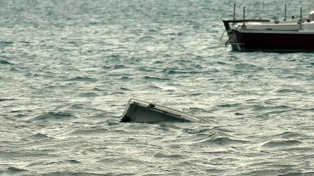 Tunus açıklarında göçmen teknesi battı: En az 50 kayıp