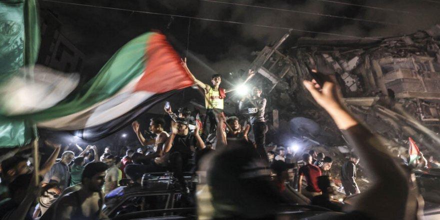 Sözde Filistin halkının hamisi rolüne bürünen Sisi dayanışma eylemlerini yasakladı