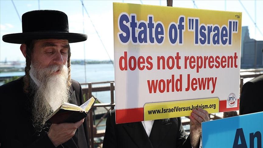 New York'taki Ortodoks Yahudileri İsrail'i protesto etti