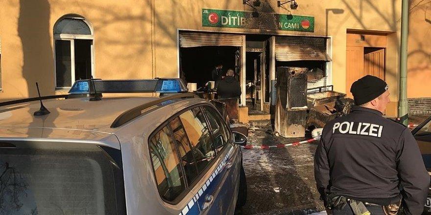Avusturya'da Müslümanlara yönelik baskılar Kasım 2020'deki saldırıda sonra en üst seviyeye çıktı
