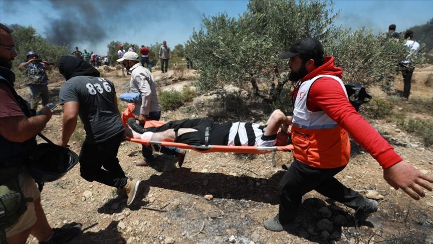 İsrail askerleri Batı Şeria'da 20 Filistinli göstericiyi yaraladı