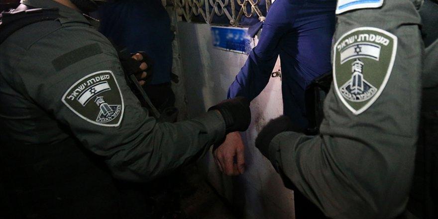İşgal güçleri Şeyh Cerrah Mahallesi'nde yaşananları duyuran Filistinli aktivisti gözaltına aldı