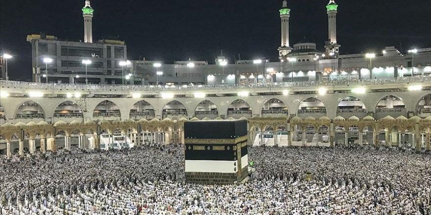 Suudi Arabistan hac ibadeti için yurtdışından kimsenin alınmayacağını duyurdu