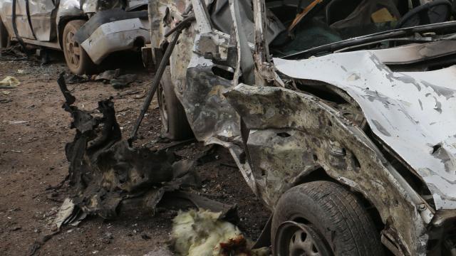 Kolombiya'da bombalı araçla saldırı: 36 asker yaralandı