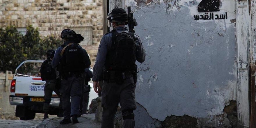 Siyonist İsrail, Lid kenti Ulu Cami imamını gözaltına aldı