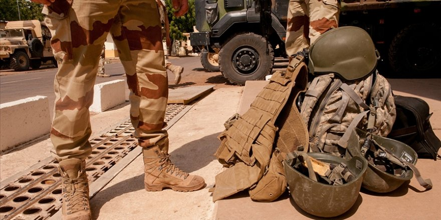 Mali'de Fransız askerlere bomba yüklü araçla saldırı düzenlendi