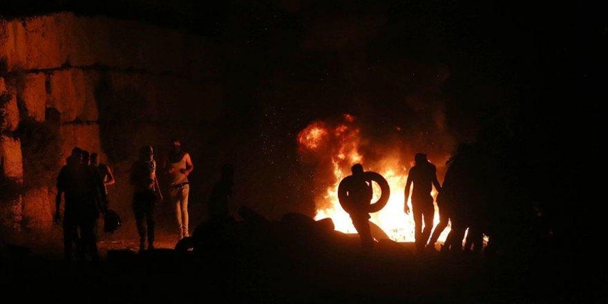 Batı Şeria'da Siyonist işgalcilere karşı 'gece karmaşası' eylemleri