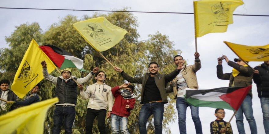 Mahmud Abbas yönetimine tepkiler büyüyor